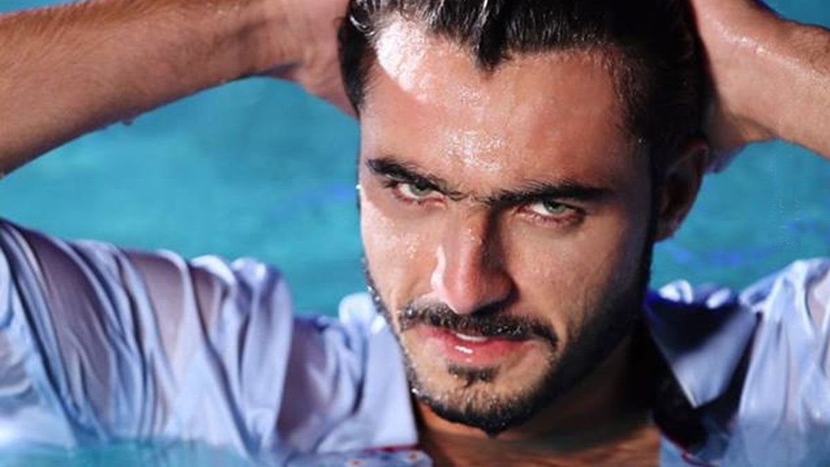 Arshad Khan takes the 'wet look' trend a little too seriously
