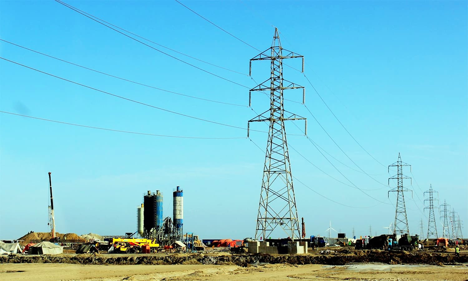 China to fund 4,000MW power transmission line from Matiari to Lahore