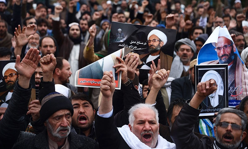 Afghan Shia protest in Herat against growing sectarian attacks by the militant Islamic State group. ─AFP