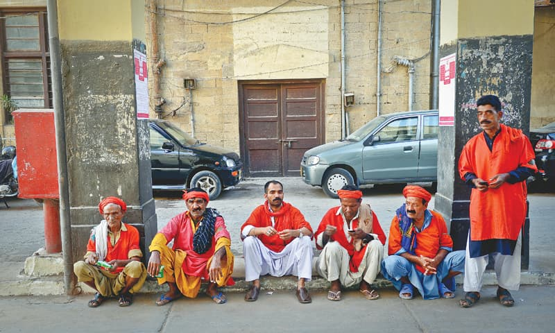 The coolies all set to carry your luggage - Photos by Fahim Siddiqi / White Star