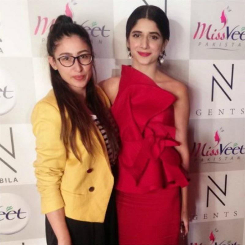 Mawra Hocane (R) with her hairstylist -Photo courtesy: Jenny Hocane's Instagram