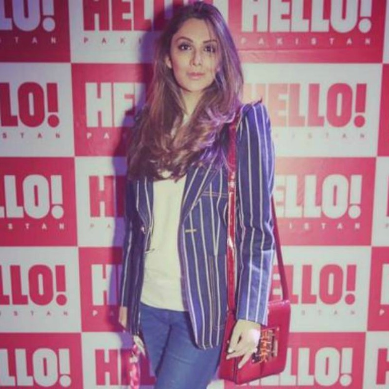 Zahra Saifullah's look was chic and the bag just made it win! —Photo courtesy: Hello! Pakistan