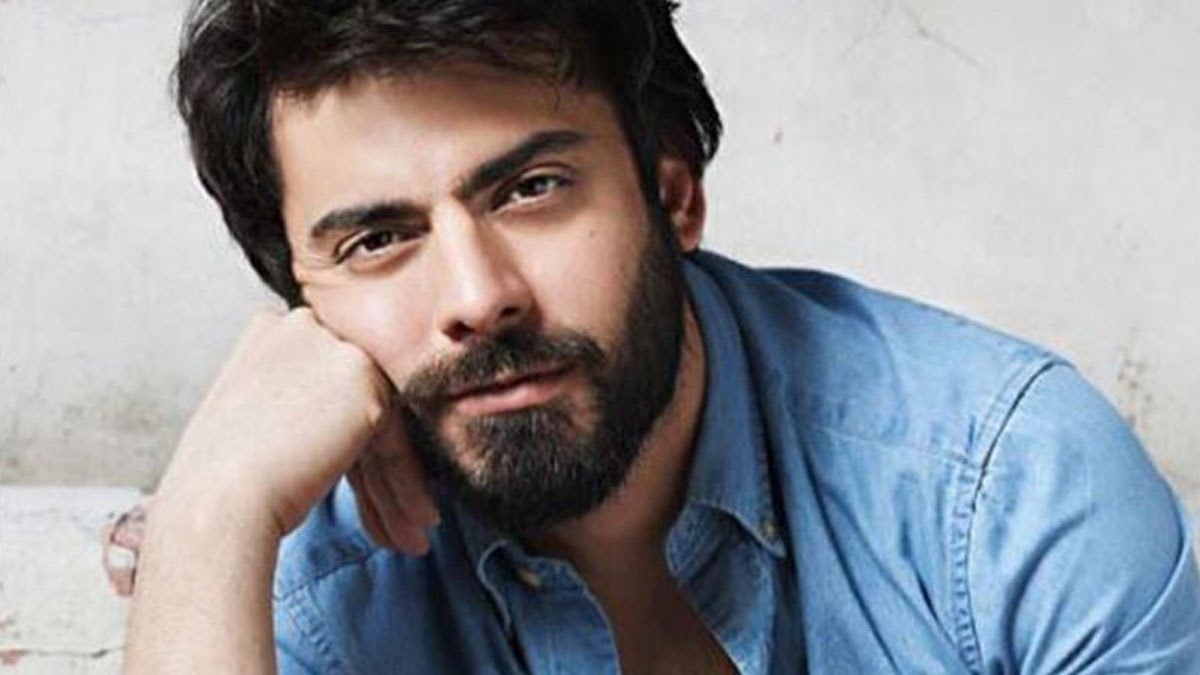 Fawad fans are having a Twitter meltdown over his Filmfare 'snub'