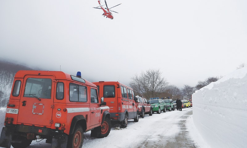 Ten survivors rescued from ruins of avalanche-hit hotel in Italy