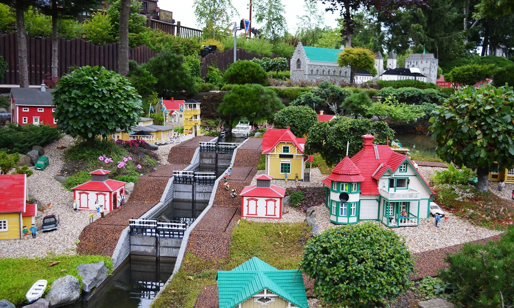 ڈنمارک کا یہ پارک اپنے اندر دنیا کی ہر چیز کو لیگو کھلونوں میں سموئے ہوئے ہے — رمضان رفیق