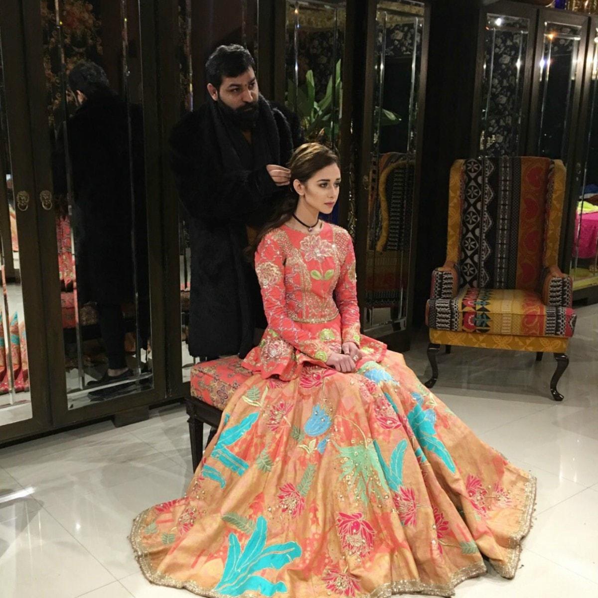 Ali Xeeshan finalises Anushey Mughal's look — Photo courtesy Raza Tirmize