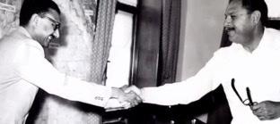 Salam greeting Field Marshal Ayub Khan. — ICTP Photo Library