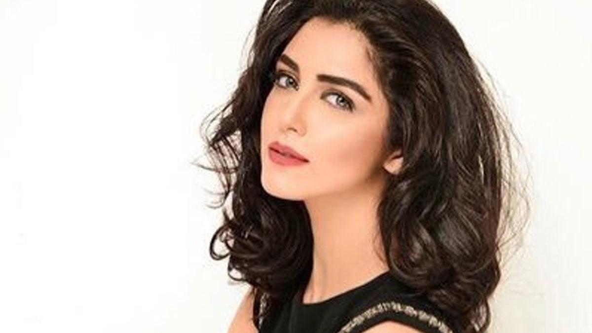 Maya Ali to make film debut with Teefa in Trouble