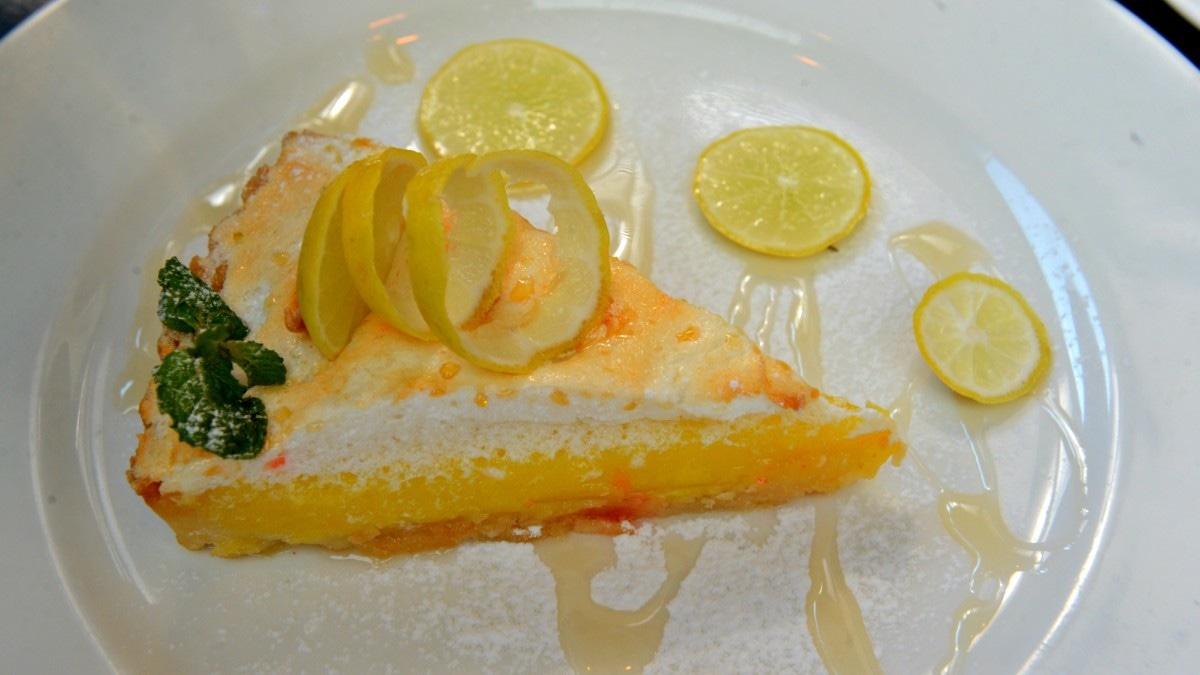 Lemon Meringue at Café Mews.