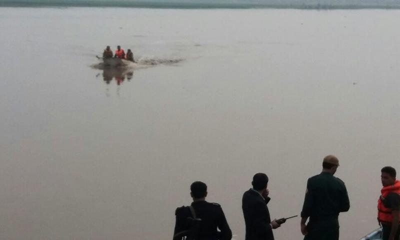 Rescue operation in progress. -Imran Gabol