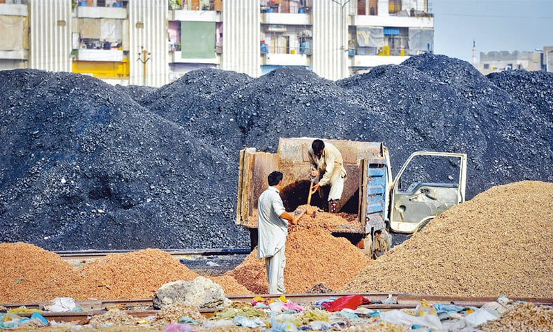 Coal for power plant dumped near Karachi residential areas, causing health hazards