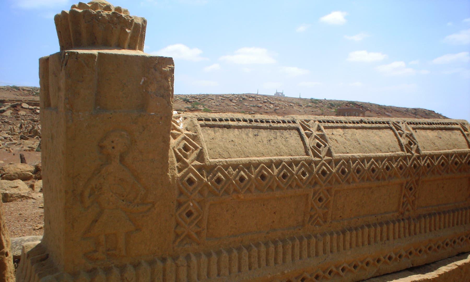 سونڈا کا قبرستان — تصویر ابوبکر شیخ