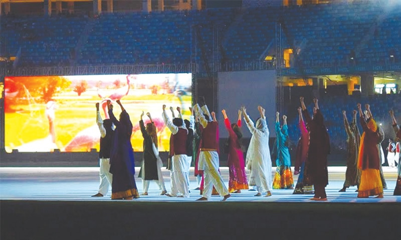 DUBAI: A view of the traditional folk dance during the colourful opening ceremony of Pakistan Super League 2017 on Thursday.