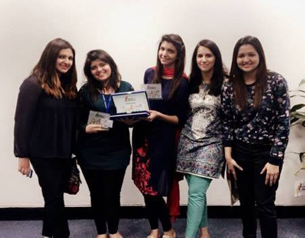 (From L to R): Samar Hasan (of Karandaaz), Hiba Shakil (Co-founder, Homegrown), Anam Tahir (Founder, Homegrown), Amna Mishal (of Karandaaz), Fatima Rizwan (of Techjuice).