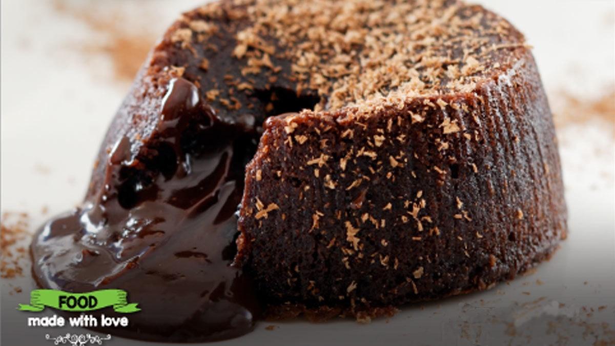 Del Frio's chocolate Lava cake is a must-have in Karachi. Photo: Delf Frio/Facebook