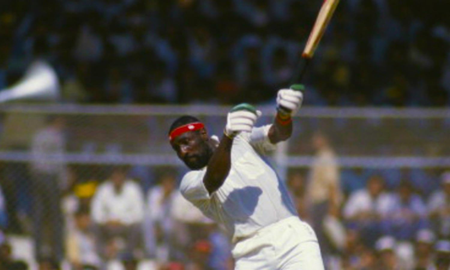 1987: Jam-packed crowds watch master West Indian batsman, Viv Richards, hit out during a 1987 World Cup match at National Stadium. (Pic: The Pakistan Cricketer)
