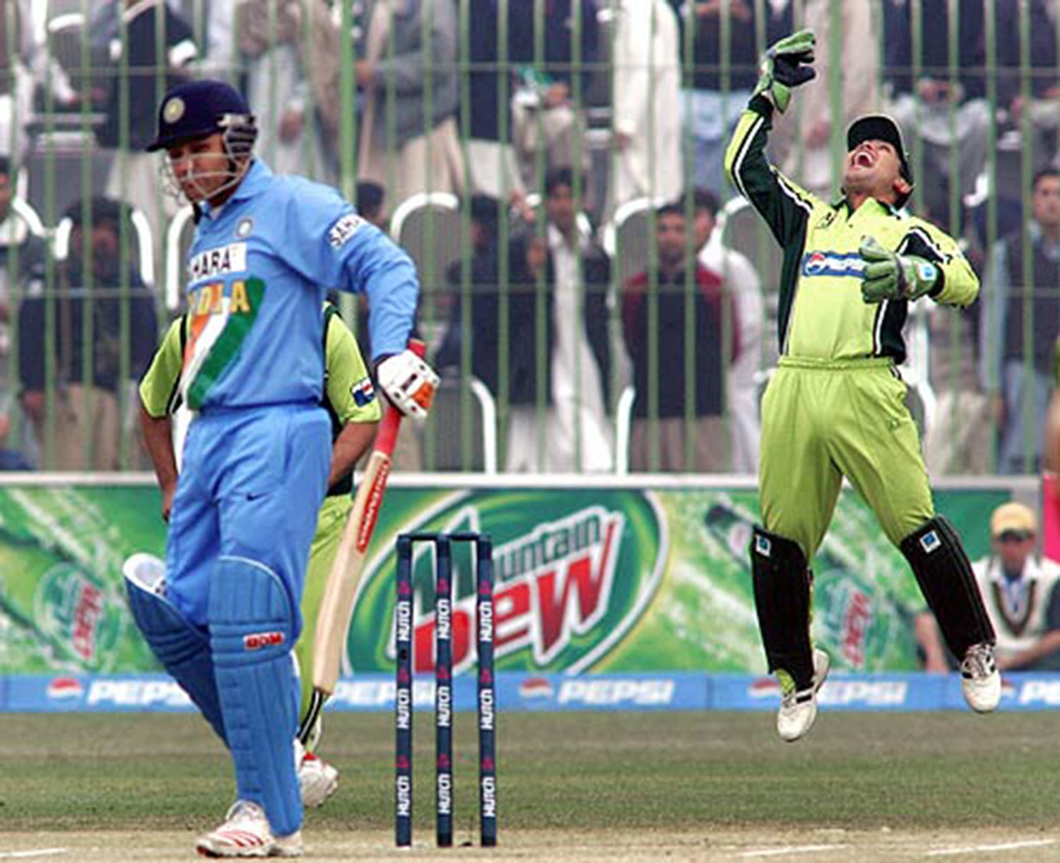 2006: A Pakistan-India ODI at Arbab Niaz Stadium, Peshawar. (Pic: Cricinfo)