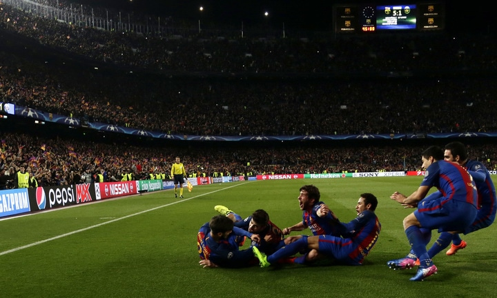 Barcelona players celebrate their victory at the end of the Champion League.—AP