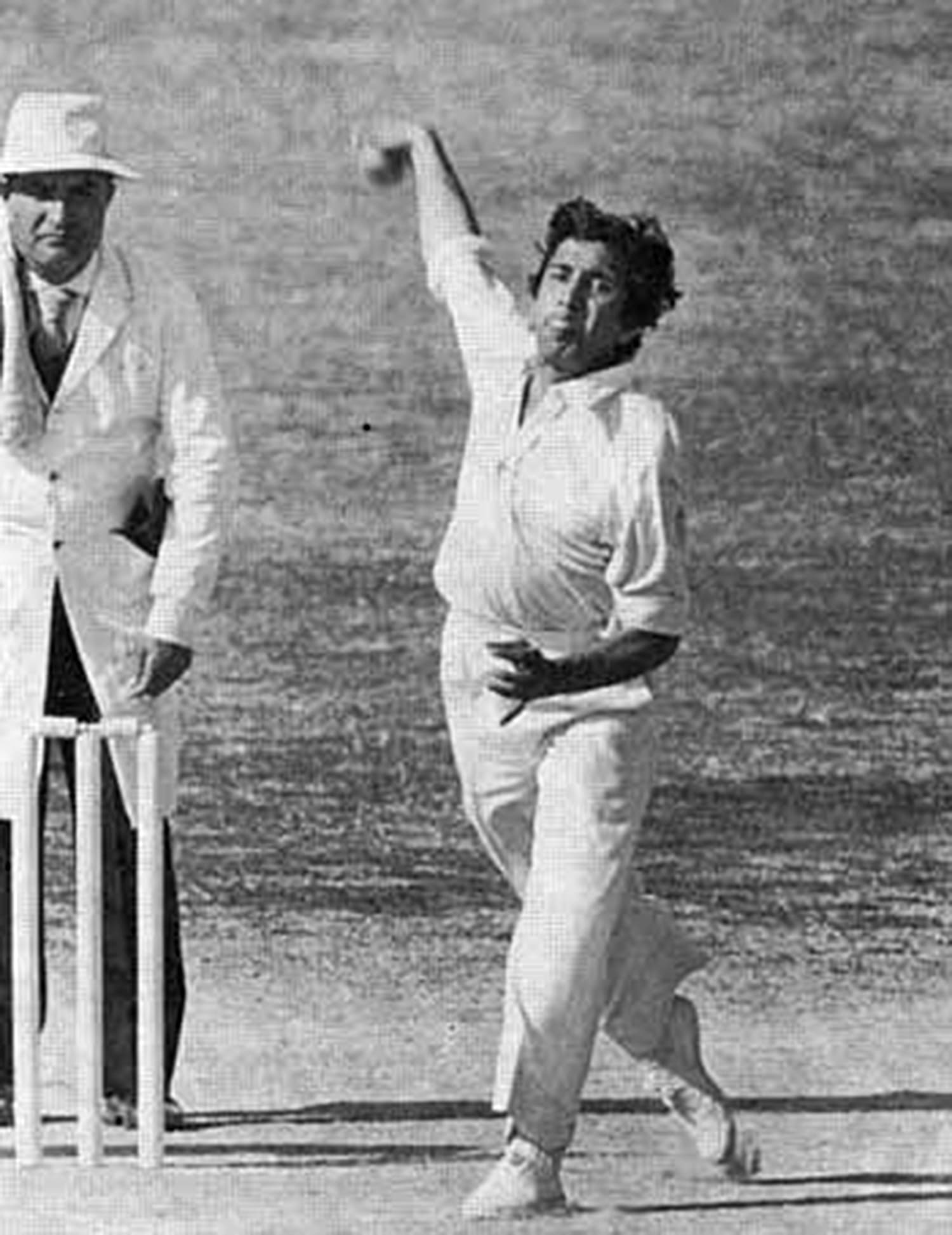 1977: Pakistan ace leg-spinner, Abdul Qadir, bowling against England during a 1977 Test at Niaz Stadium. (Pic: The Cricketer Pakistan)