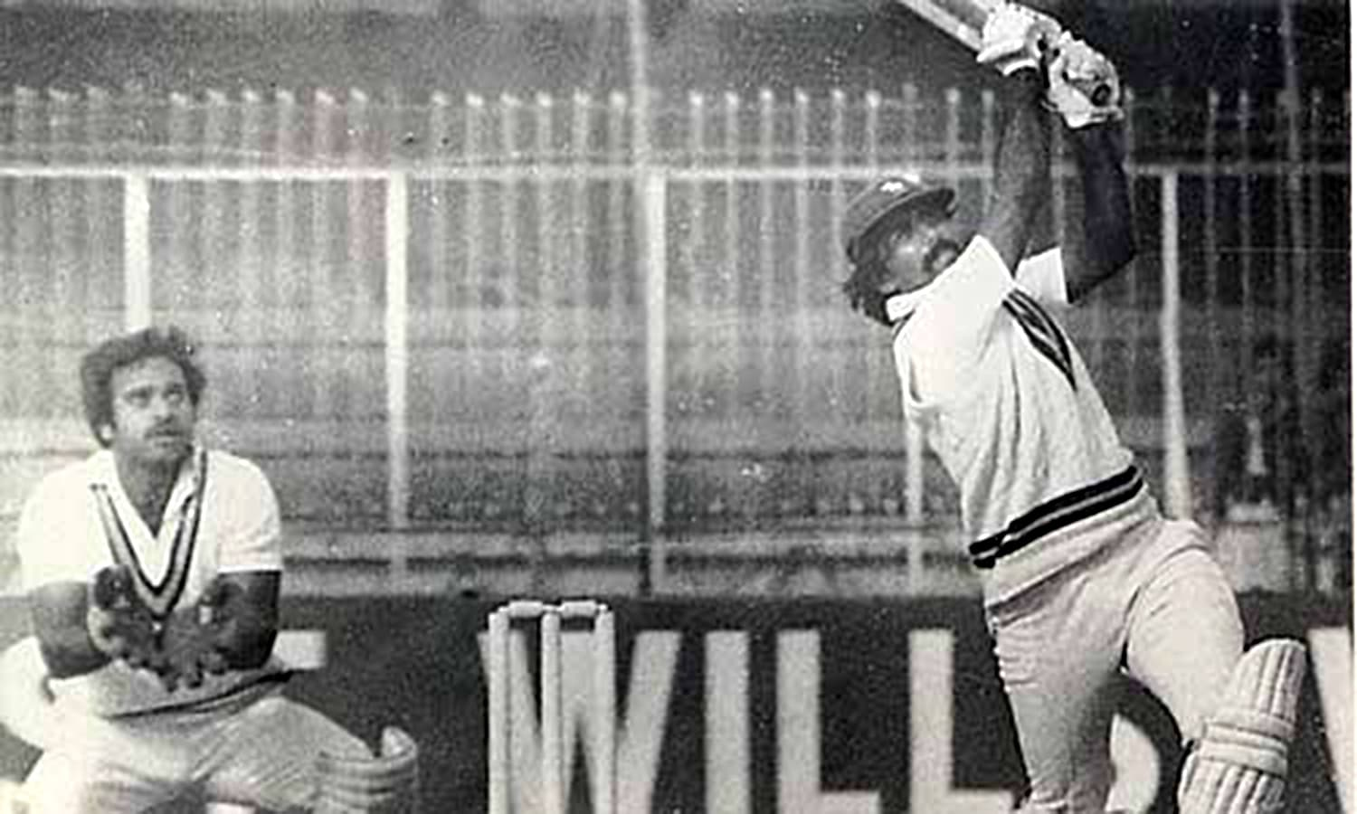 1982: Javed Miandad moves towards his double century against India at Niaz Stadium. (Pic: The Cricketer Pakistan)