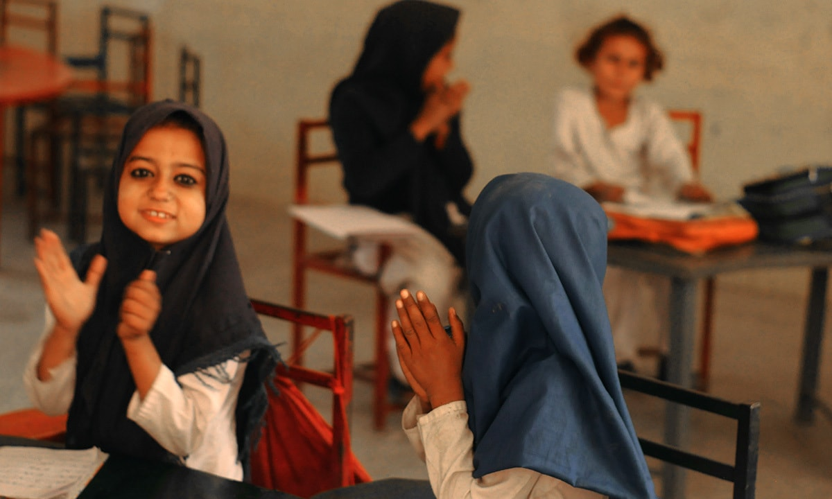 Students at Mukhtaran Mai Girls Model School in Muzaffargarh district | Sadia Khatri