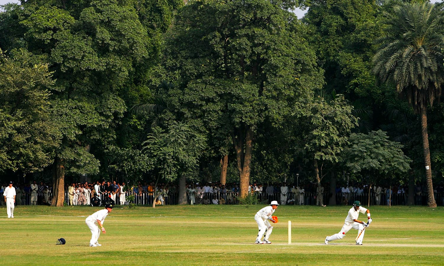 The England side playing a practice game at Bagh-e-Jinnah during its 2005 tour of Pakistan. (Pic: Danyal Rasool)