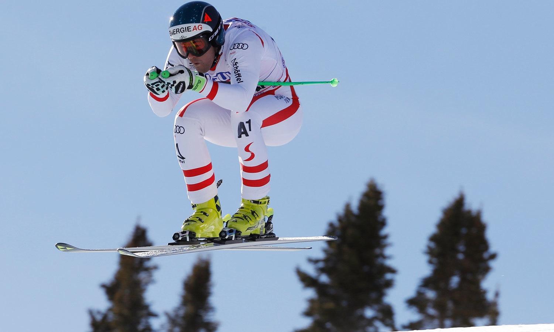 آسٹریا کے ونسنٹ کریچمیر اسکی ورلڈکپ کے مردوں کے مقابلوں میں اپنے ملک کی نمائندگی کررہے ہیں—فوٹو: رائٹرز