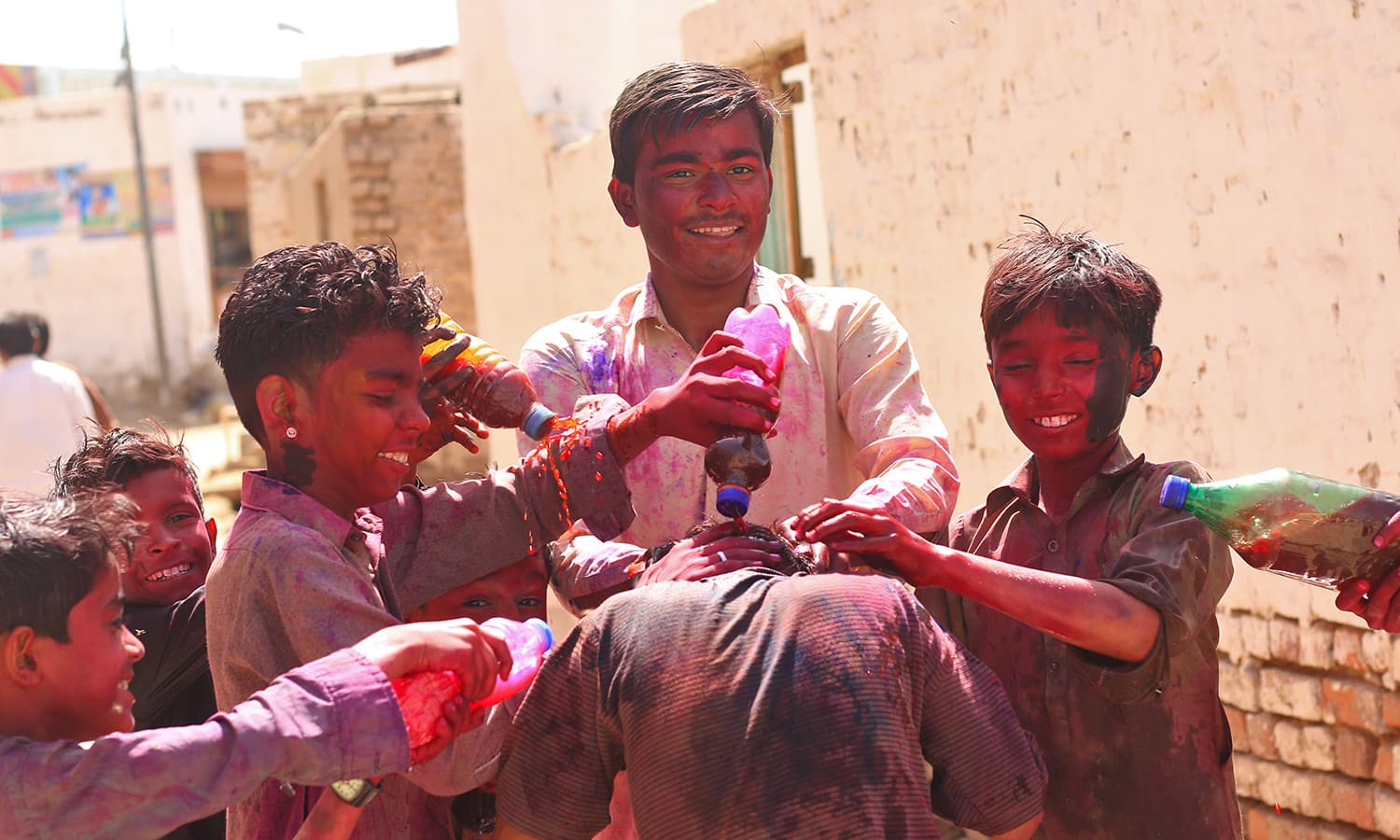 It's easy to see why Holi is a fun event for kids.