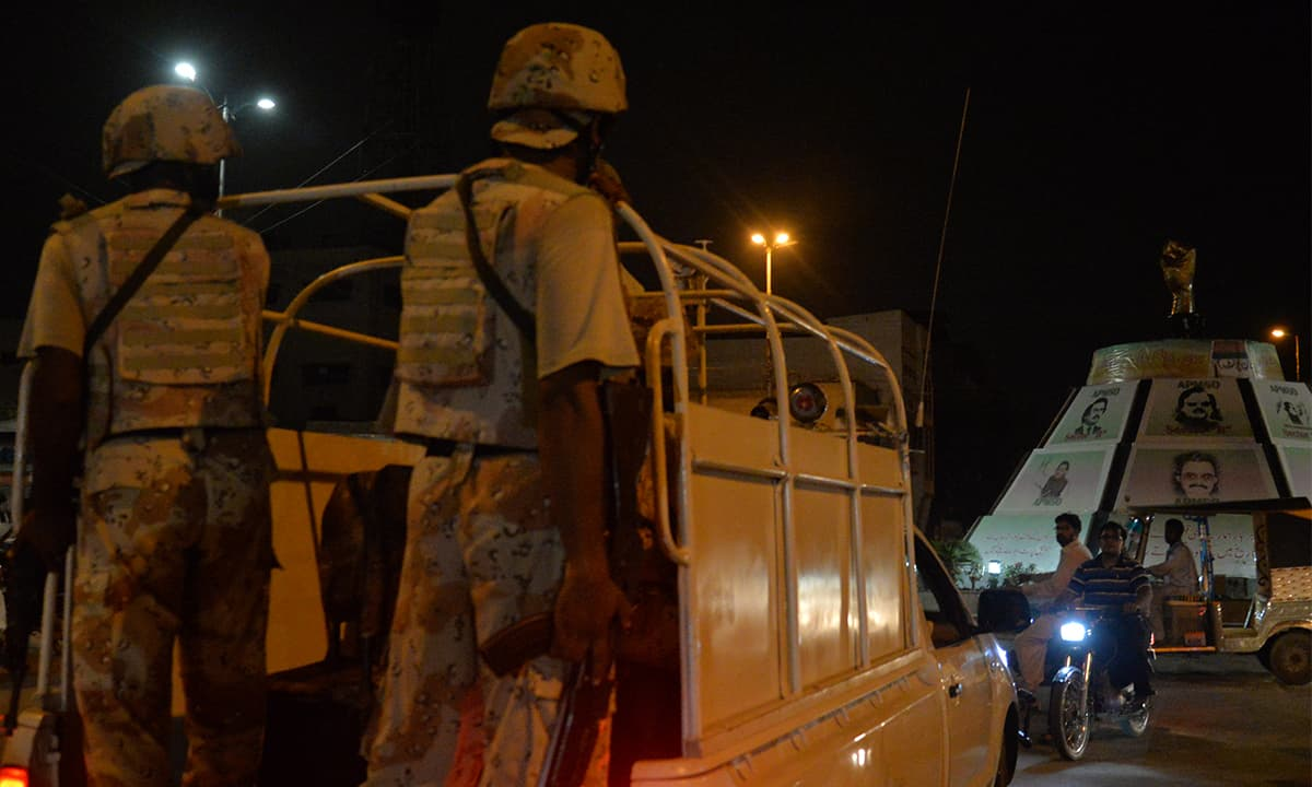 Rangers arrive at Mukka Chowk to conduct a raid at Nine Zero on July 17, 2015 | Faysal Mujeeb, White Star