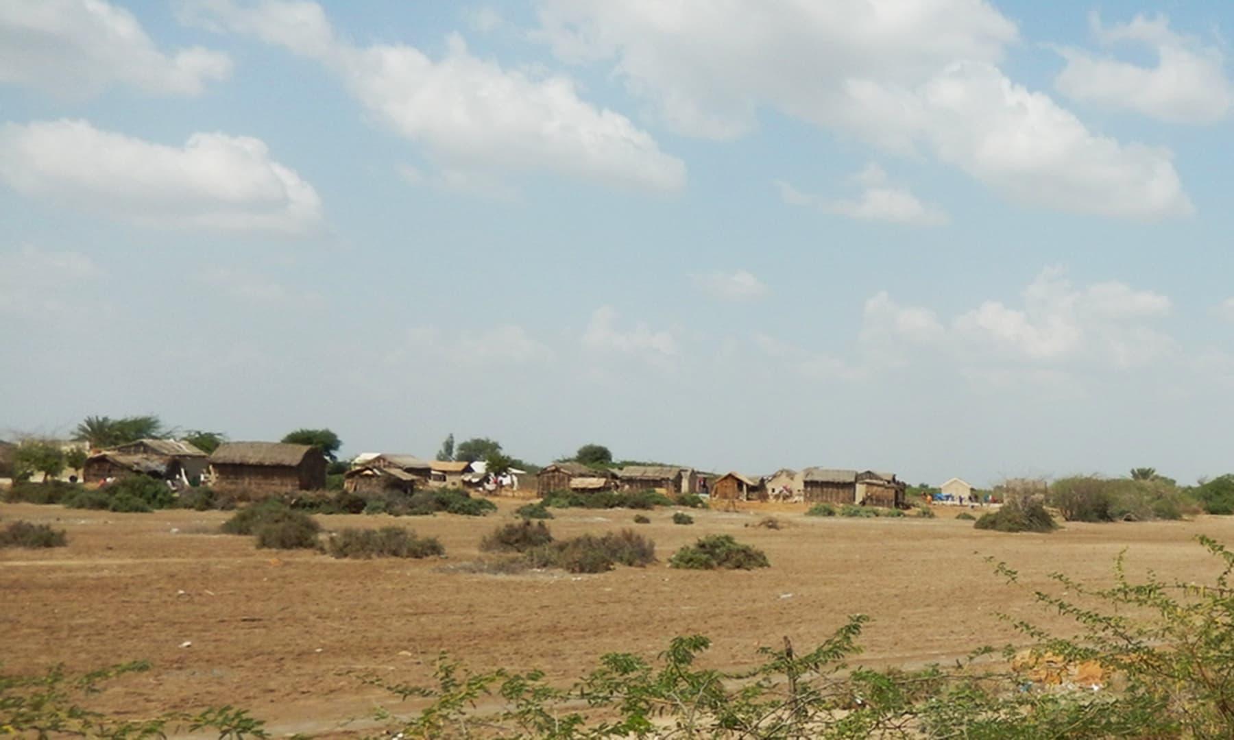 گاؤں جڑیو تھہیمور — تصویر ابوبکر شیخ
