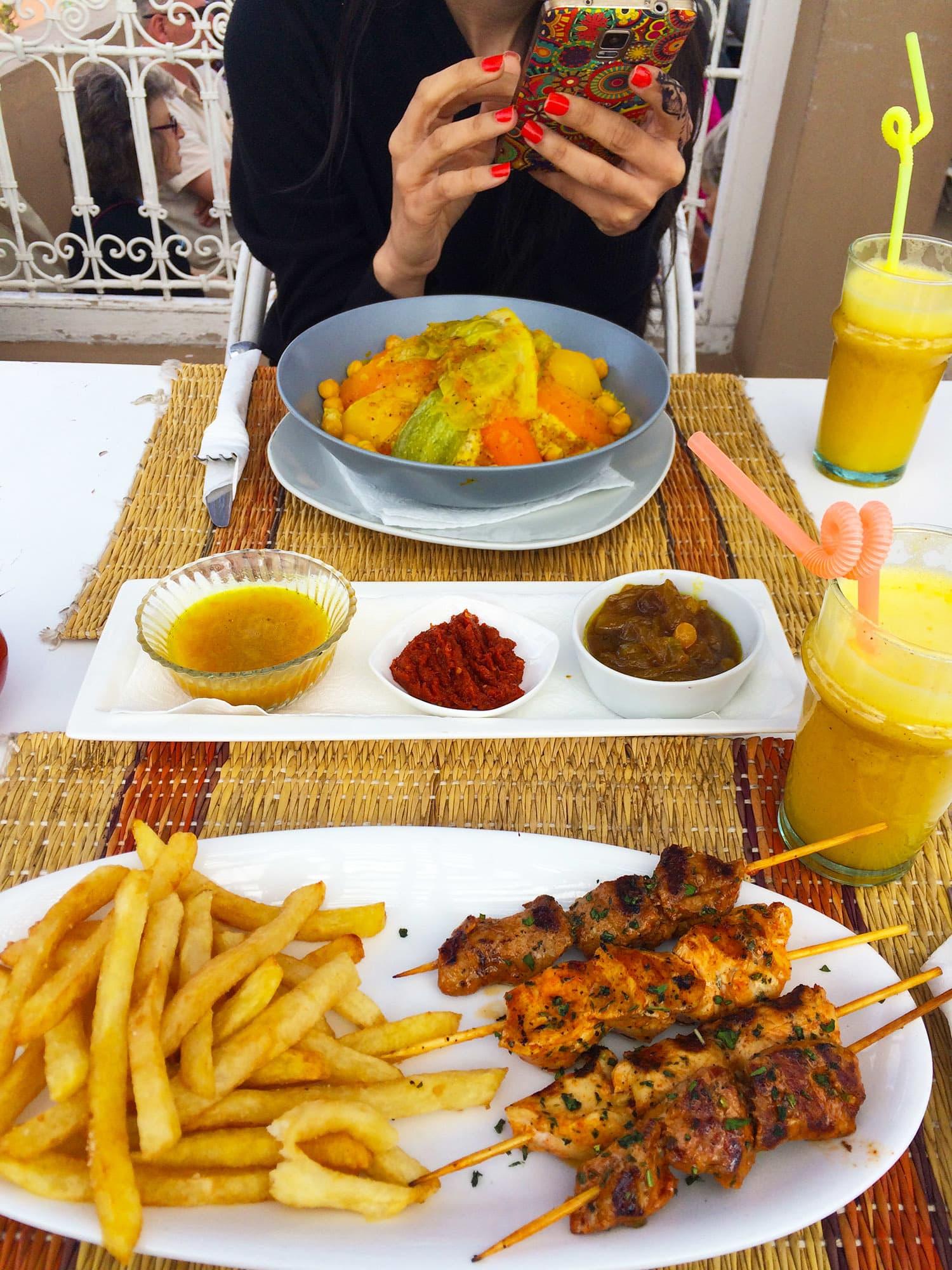 La Sultana Cafe Hours