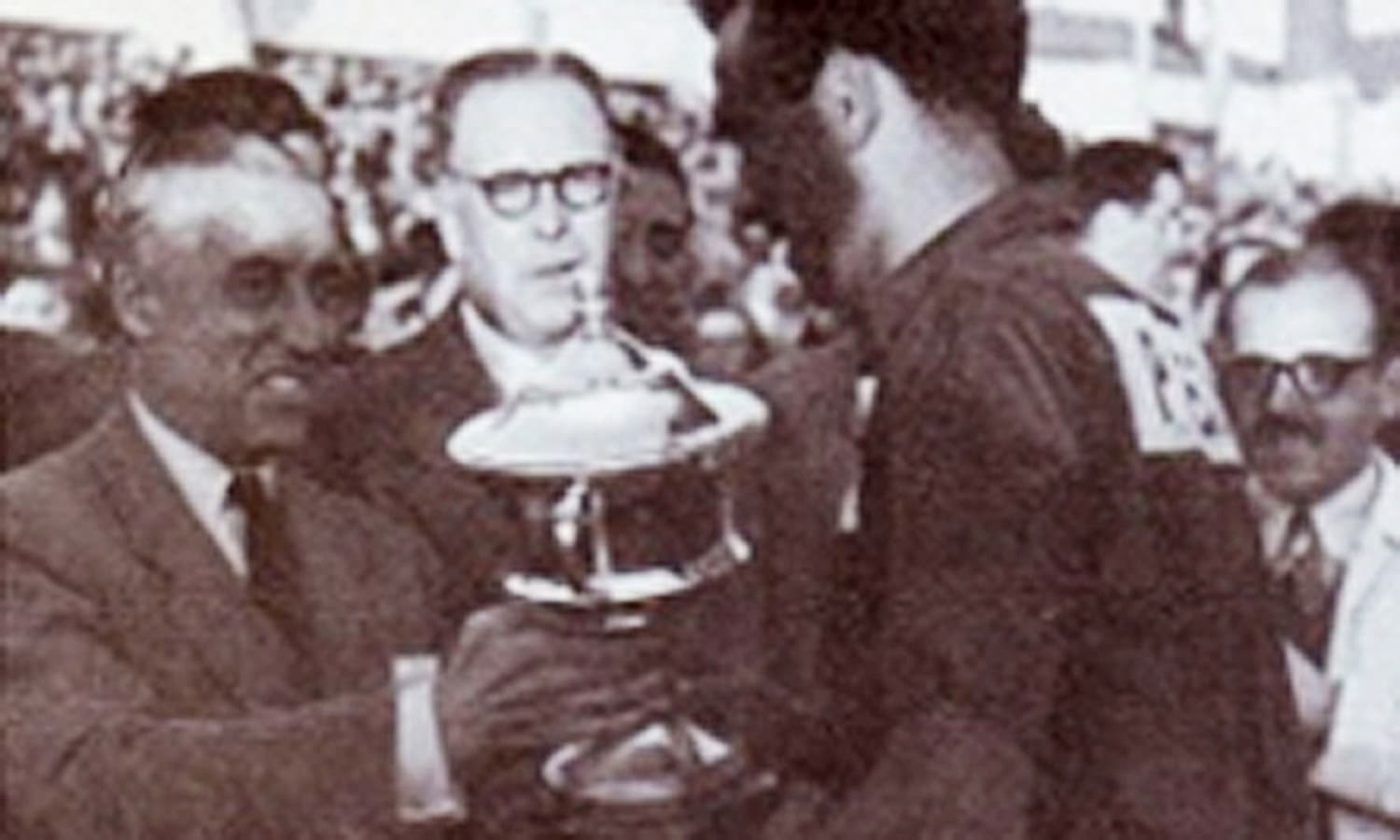 Pakistan wins the 1971 Hockey World Cup in Spain. (Photo credit: DAWN)