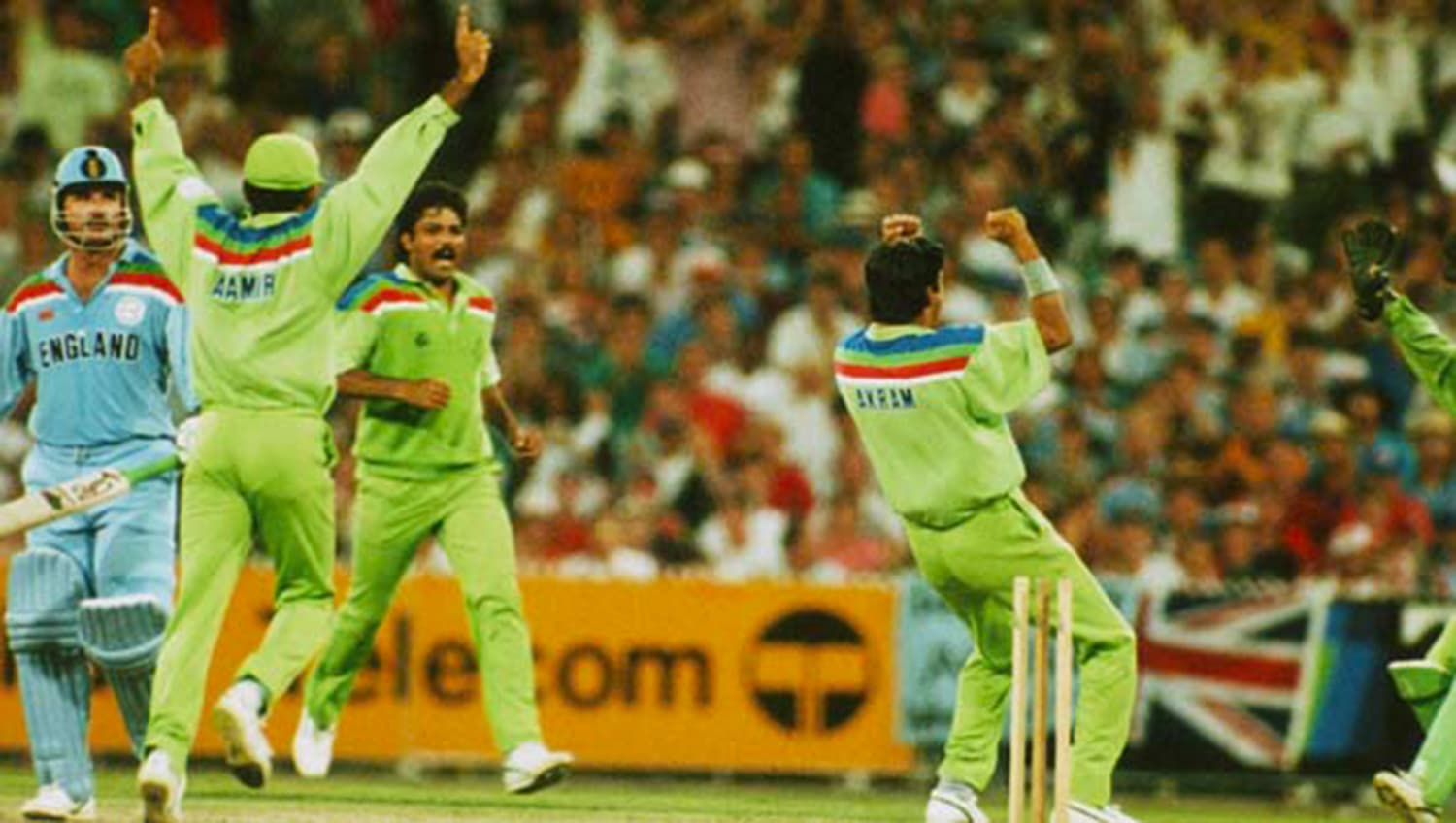 Pakistan wins the 1992 Cricket World Cup. -- Photo: The Cricketer Pakistan