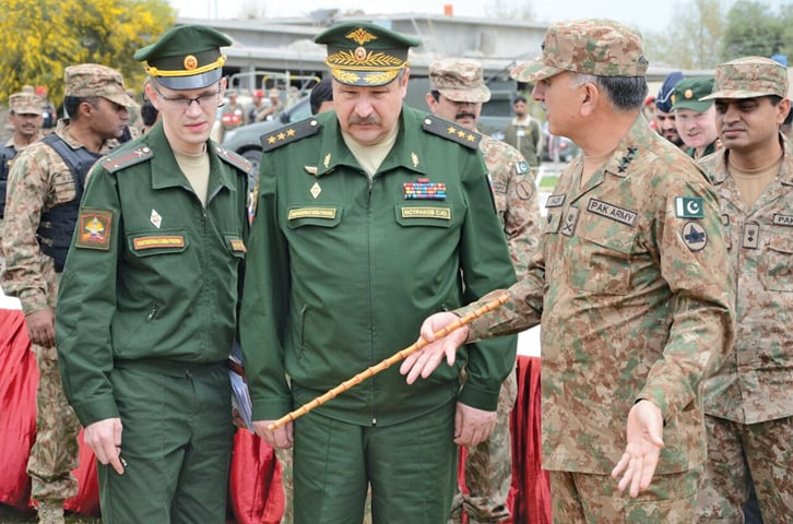 A RUSSIAN military delegation being briefed by Peshawar Corps Com­mander Lt Gen Nazir Ahmed Butt during its visit to North Waziristan on Thursday.