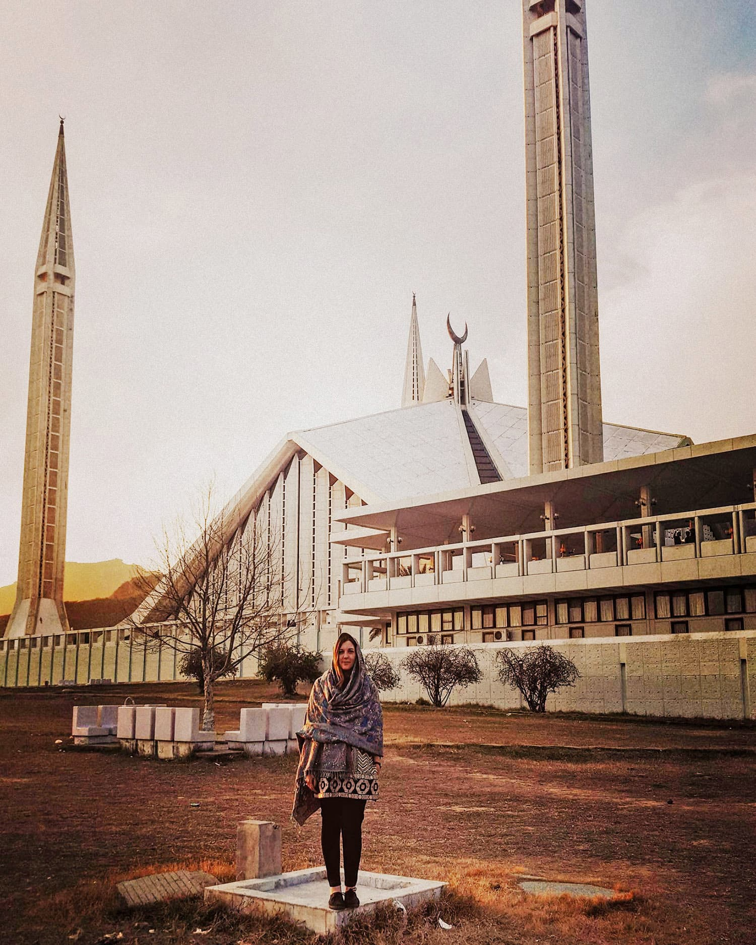 Faisal mosque is completely different than the other two mosques I visited.