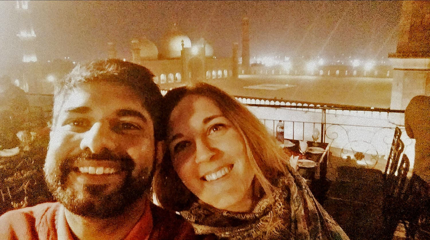 Who does't want a photo with the majestic Badshahi mosque in the background?