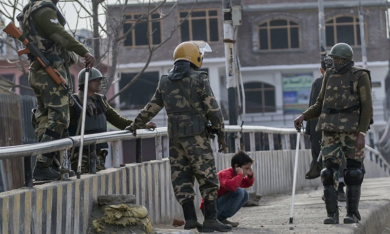 Kashmiris incensed as Indian troops make children do situps