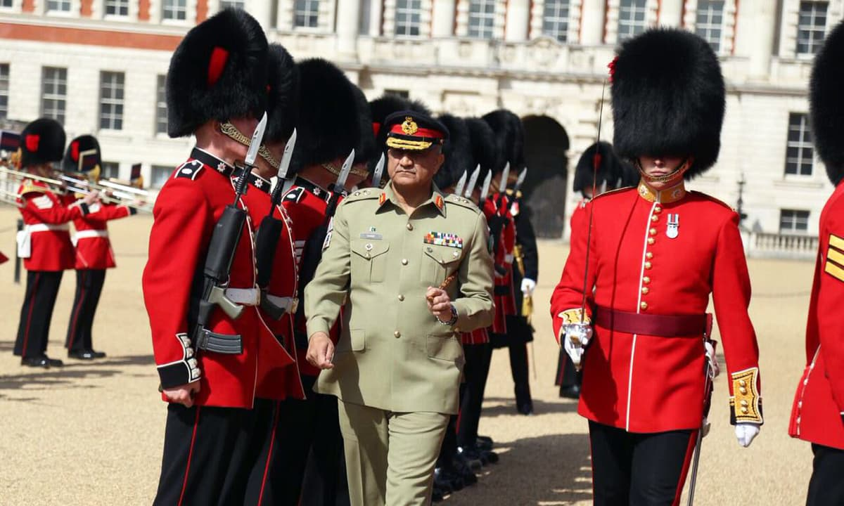 Gen Bajwa discusses 'regional geopolitical environment' with top officials in UK