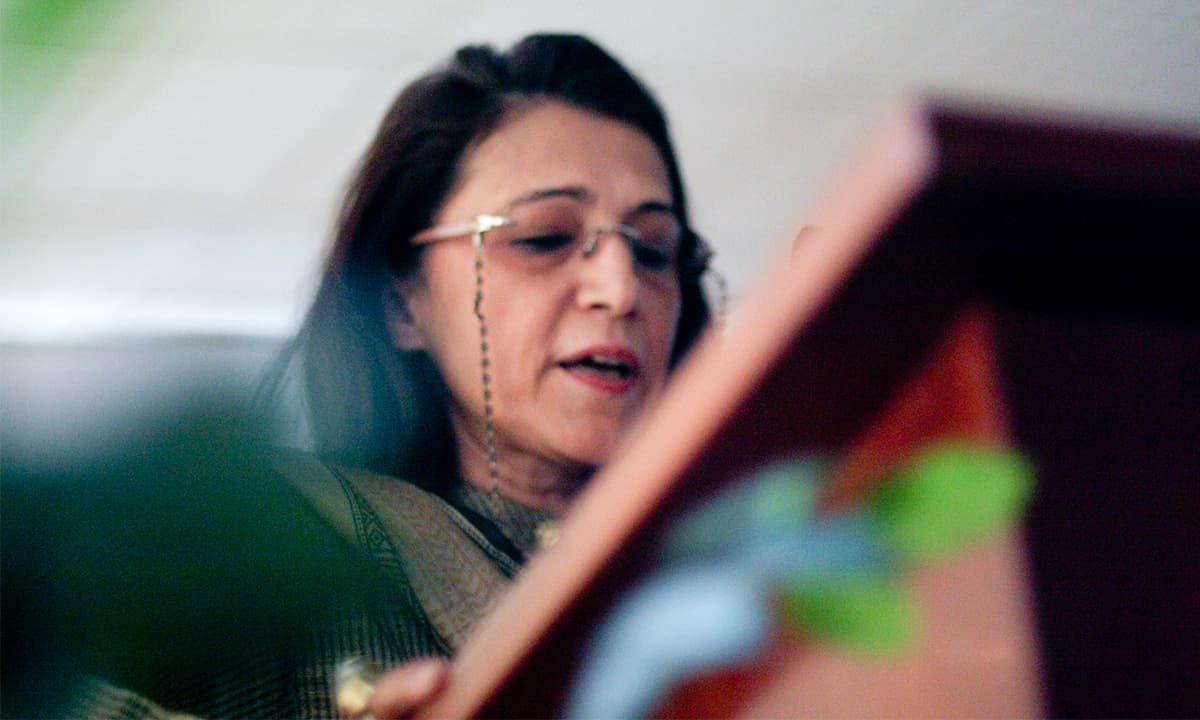 Author, commentator and critic Ayesha Jalal discusses Manto's life and work | Photo by Malika Abbas, White Star