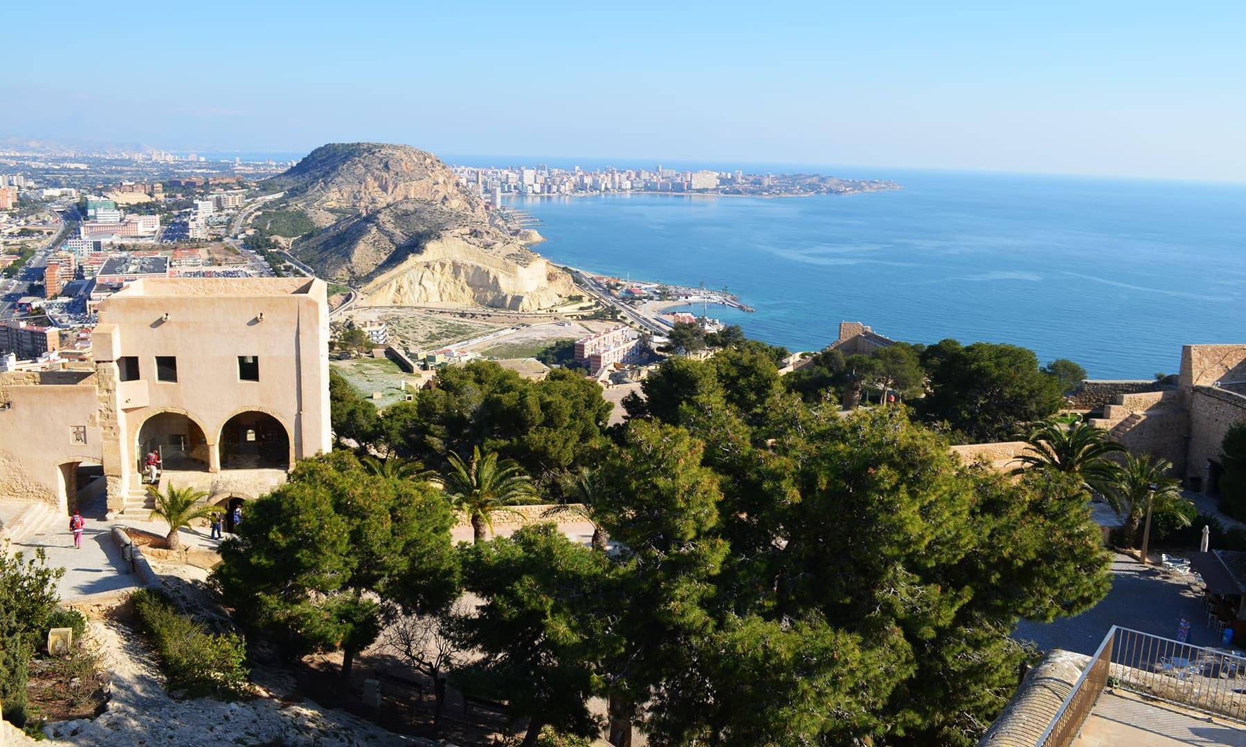 اسپین: مسلم سلطنت کی جیتی جاگتی یادگار