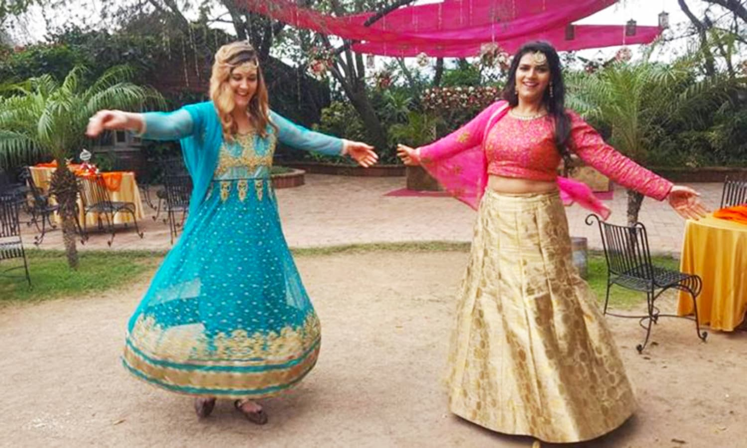 I loved all the colourful, traditional outfits and couldn't help but wear one myself!
