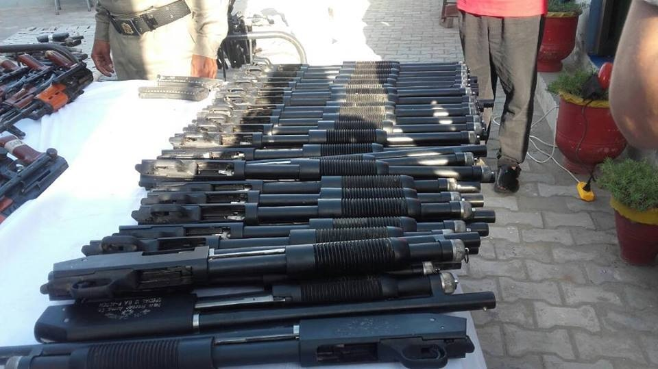 Over a hundred rifles were found in a secret compartment of the car — DawnNews