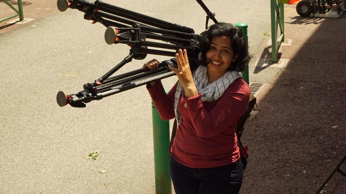 Nausheen Dadabhoy on the sets of 'La femme et le TGV'. — Publicity still