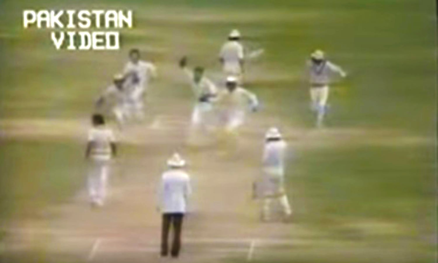 Tauseef slips through the defenses of the in-form Vengsarkar.