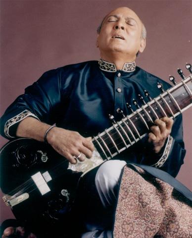 Ustad Rais Khan
