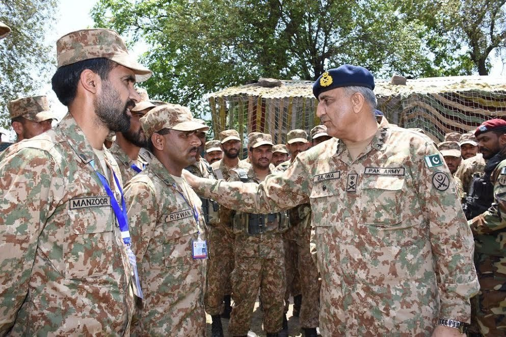 Gen Bajwa meeting troops deployed along the LoC. — Tariq Naqash