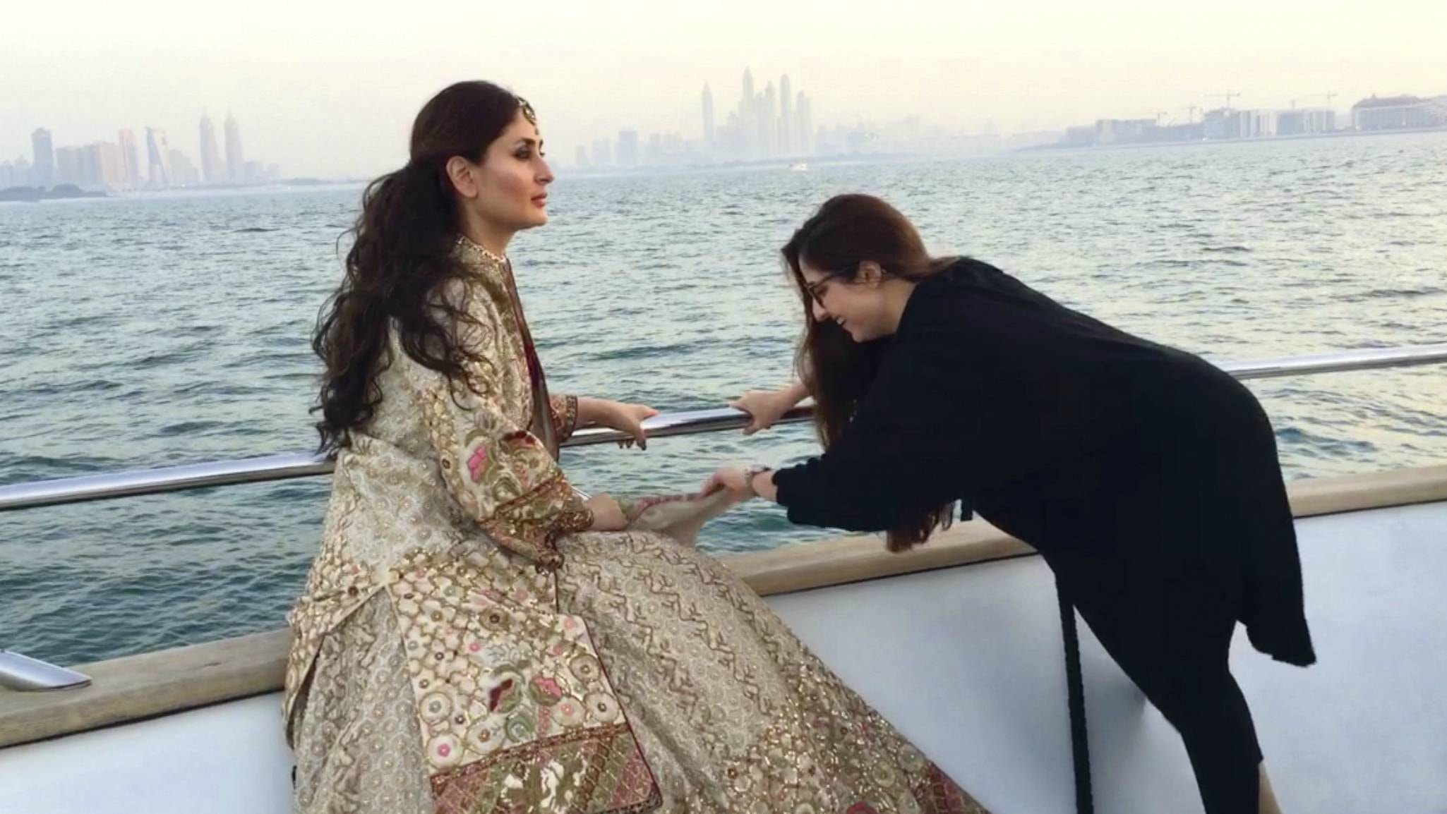 Tena puts the final touches on Kareena's look during their shoot in Dubai
