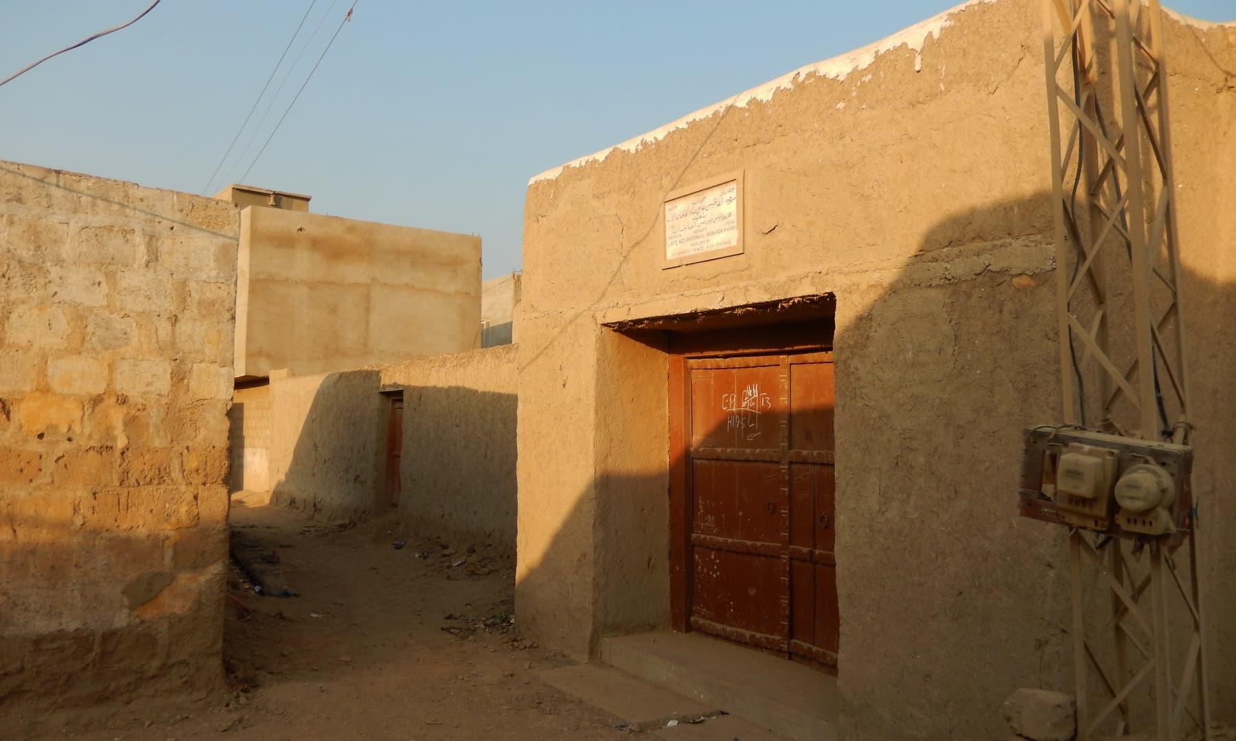 آغا خان اول کی جانب سے تعمیر کروایا جانے والا محل — تصویر ابوبکر شیخ