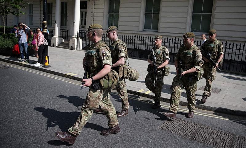 مانچسٹر دھماکا: حملہ آور کے والد اور بھائی گرفتار