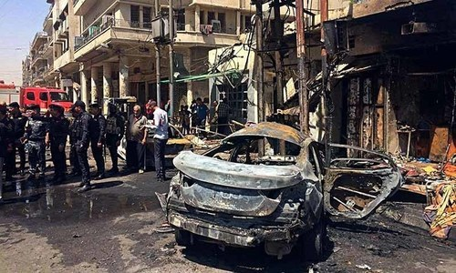 Baghdad blasts kill 27 as Iraq forces battle IS in Mosul